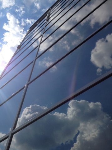 Sichtschutzfolie anbringen lassen vom erfahrenen Fachmann