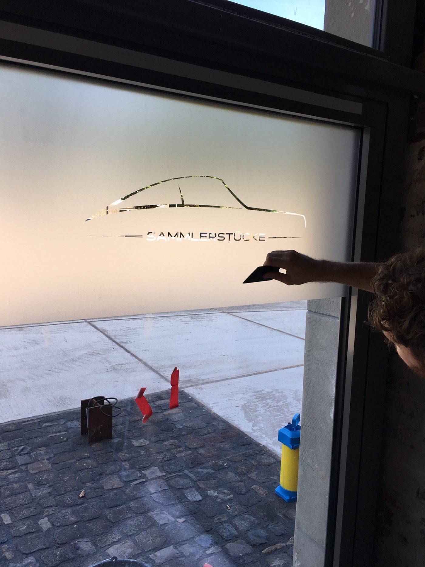 Anbringung der Sichtschutzfolie